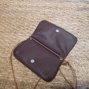 Pochette Nomade bandoulière cuir vachette – JL Fourès